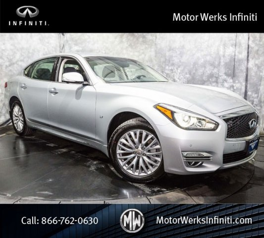 Used Infiniti Q70L DELUXE TOURING